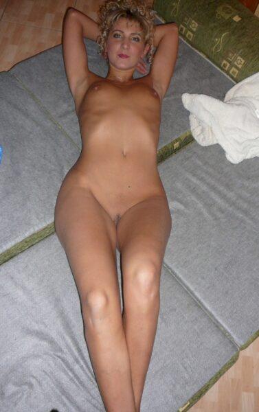 femme coquine dominatrice pour gars soumis