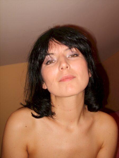Très belle femme cougar sexy qui a envie d'un plan cul